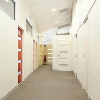 commercial-fitout-for-office-hallway