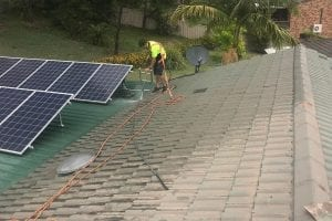 pressure cleaning tile roof