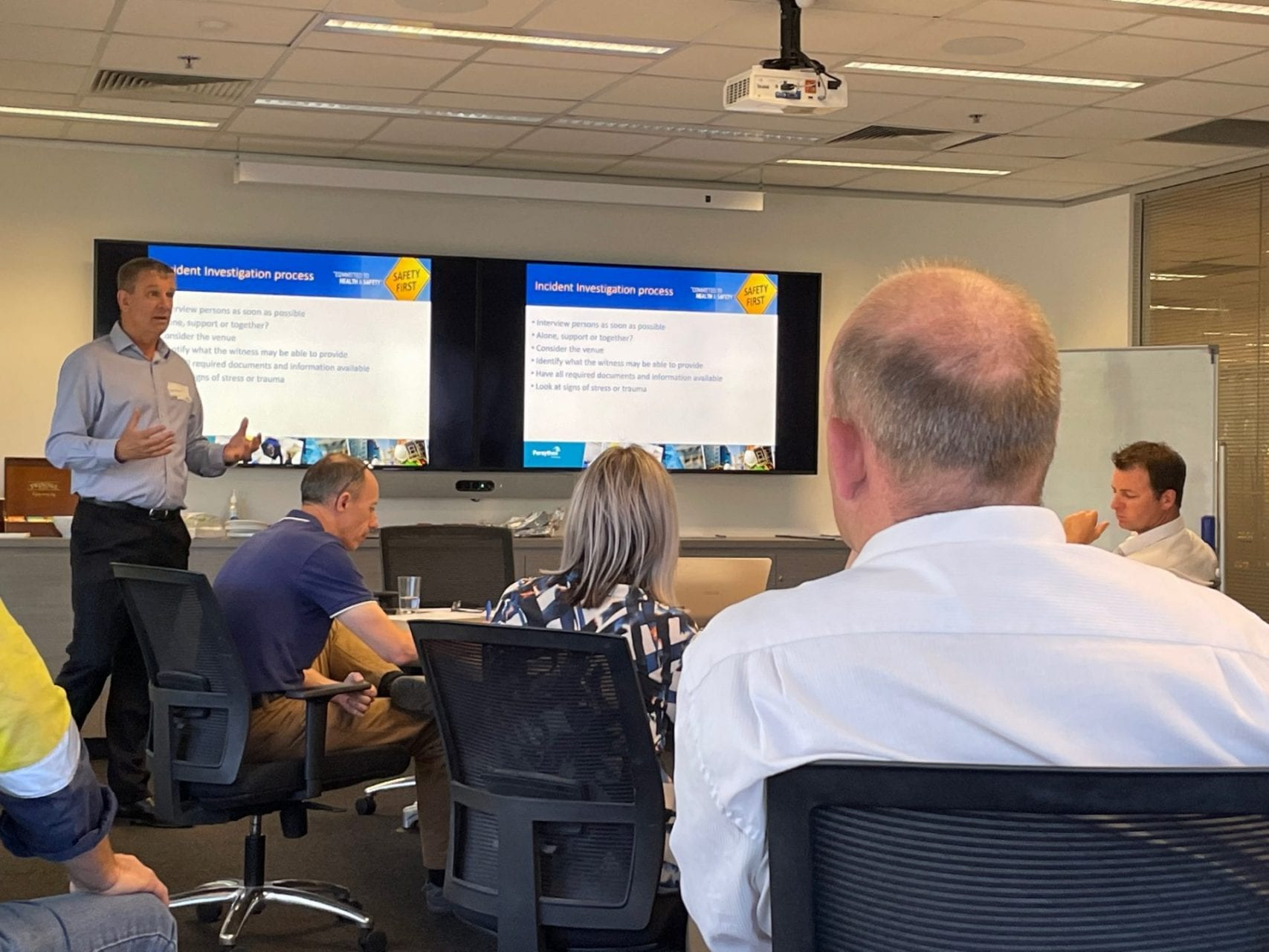 Forsythes Training's Steve Williams delivers ICAM training to a cross functional team at Viterra