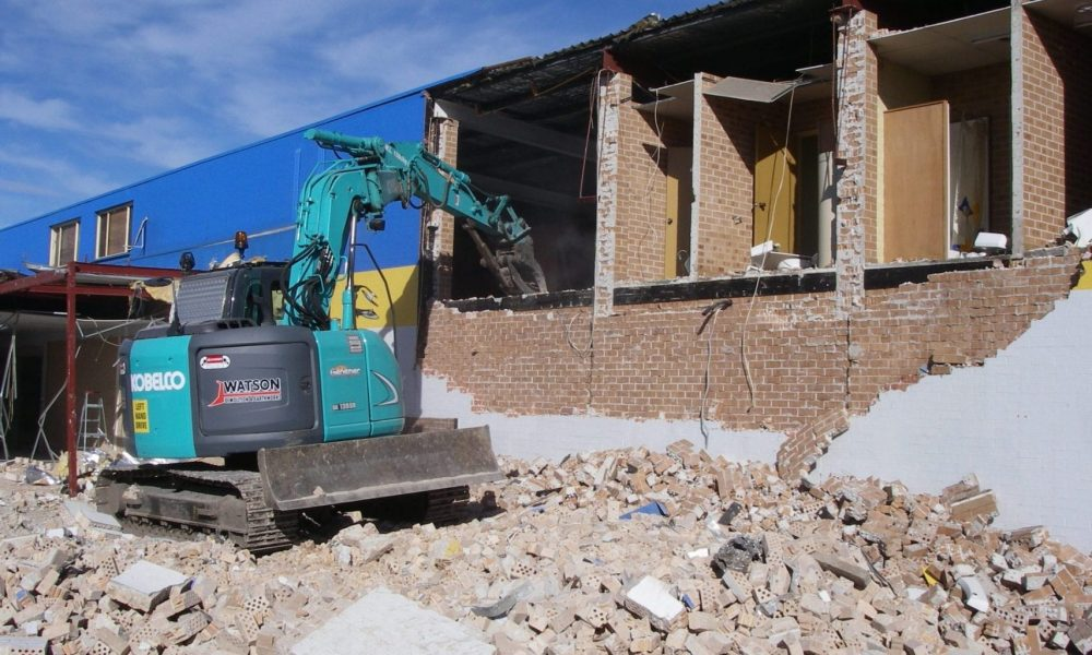 Retail site demolition contractor